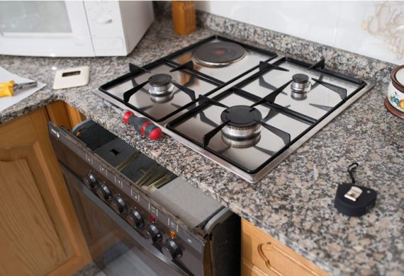 domestic appliance engineers new oven installation